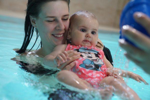 Babyschwimmen 5 bis 10 Monate